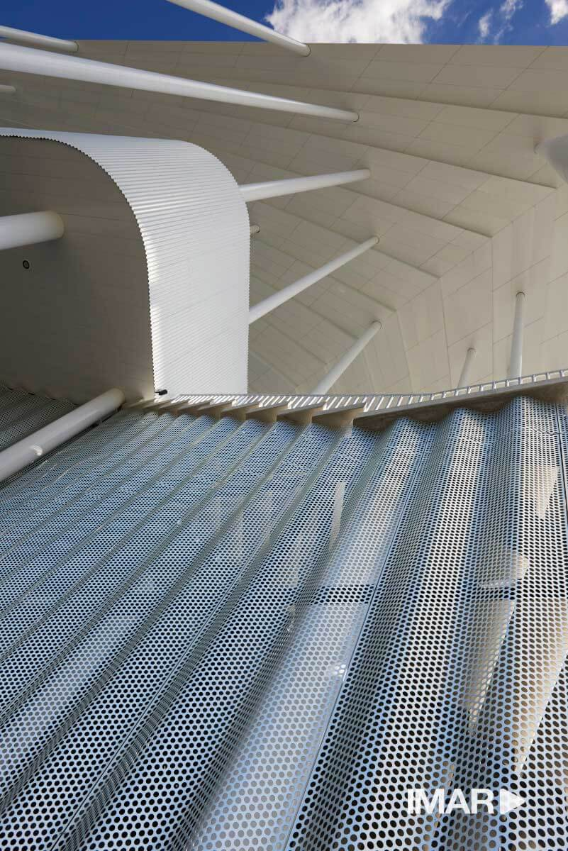 folding perforated aluminum anodized - Stade Matmut-Atlantique,