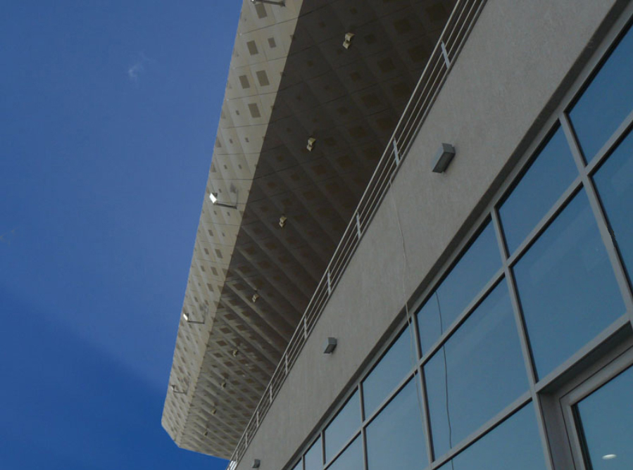 Perforated Aluminum Roof - Kuwait´s Motor Town